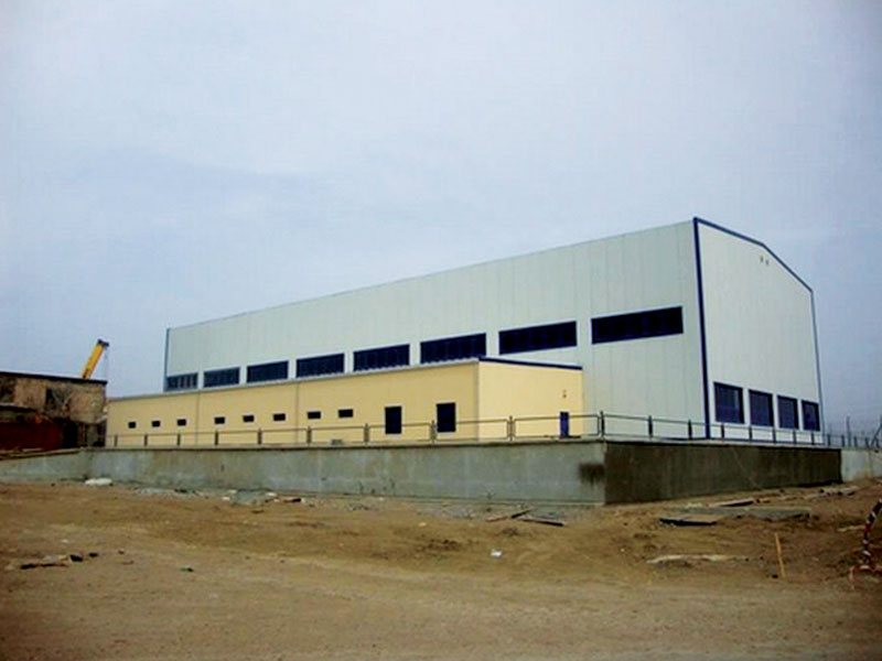 Turn-key construction of mechanical workshop and car wash building.