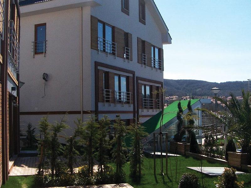 Phase I : Turnkey construction of 6 villas. Phase II: Turnkey construction of 6 villas combined of 12 separate houses.